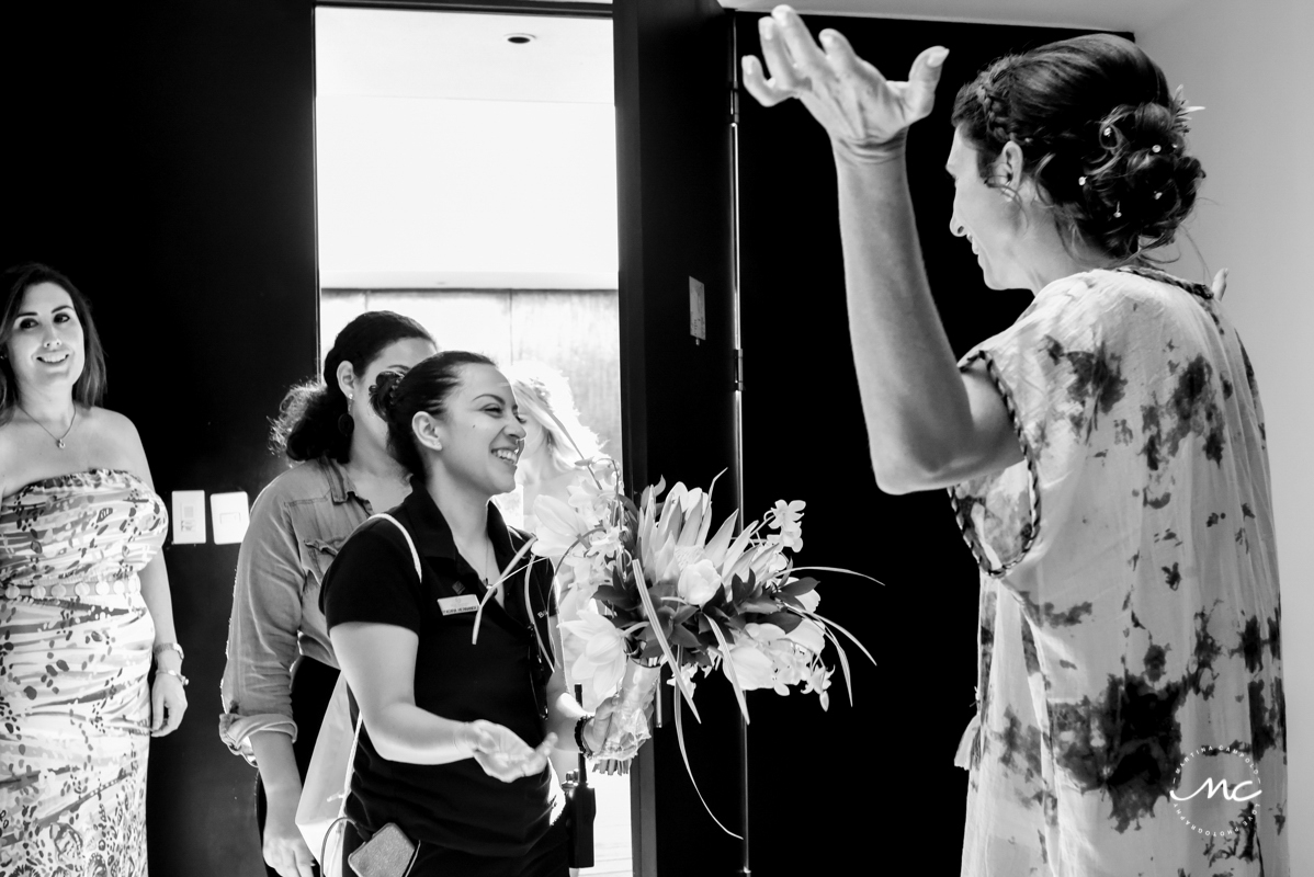 Bride getting ready at Blue Diamond Luxury Boutique Hotel, Mexico. Martina Campolo Photography