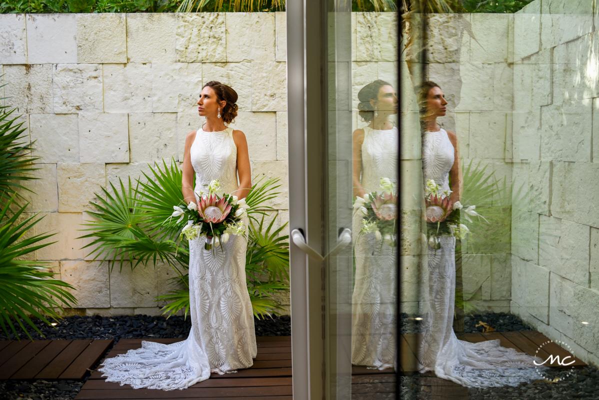 Destination bride portraits at Blue Diamond Luxury Boutique Hotel, Mexico. Martina Campolo Photography