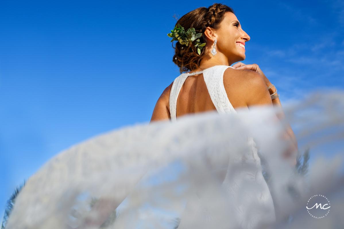 Destination bride portraits at Blue Diamond Riviera Maya, Mexico. Martina Campolo Photography