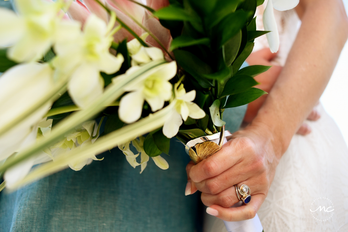 Wedding bouquet and ring detail at Blue Diamond Luxury Boutique Hotel, Mexico. Martina Campolo Photography