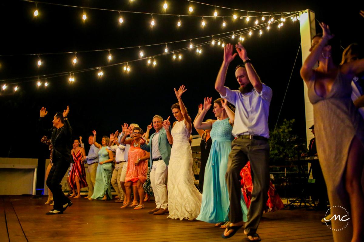 Salsa dance at wedding reception. Blue Diamond Riviera Maya, Mexico. Martina Campolo Photography