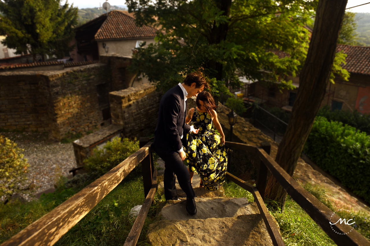 Castello di Trisobbio Engagement in Italy. Martina Campolo Photography
