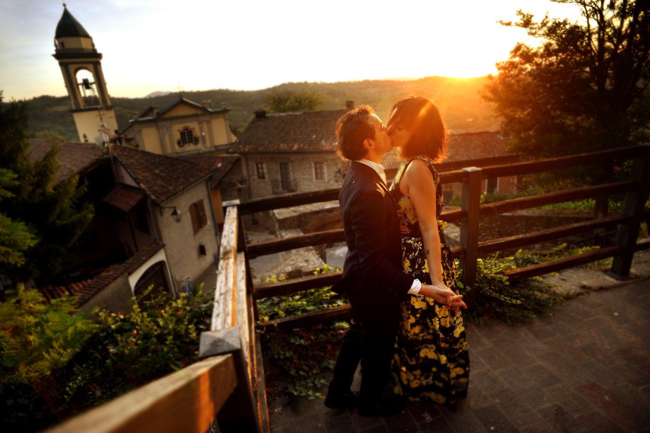 Castello di Trisobbio Engagement Session in Italy. Martina Campolo Photography