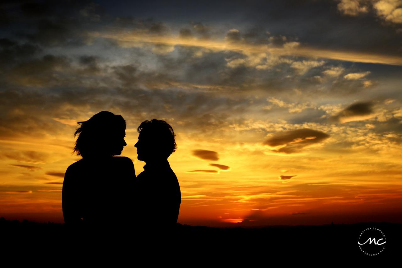 Couple silhouette at sunset. Castello di Trisobbio Engagement. Martina Campolo Photography