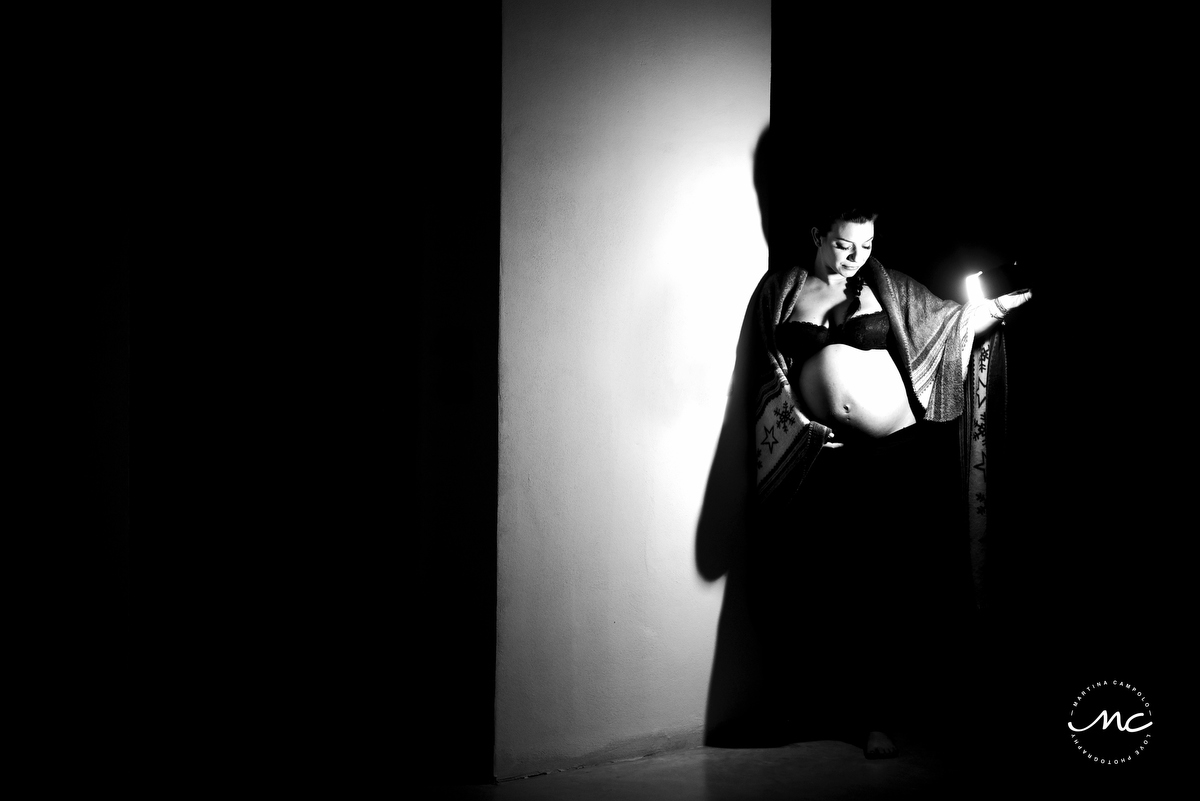 Black and White. Maternity Session in Italy. Martina Campolo Photography