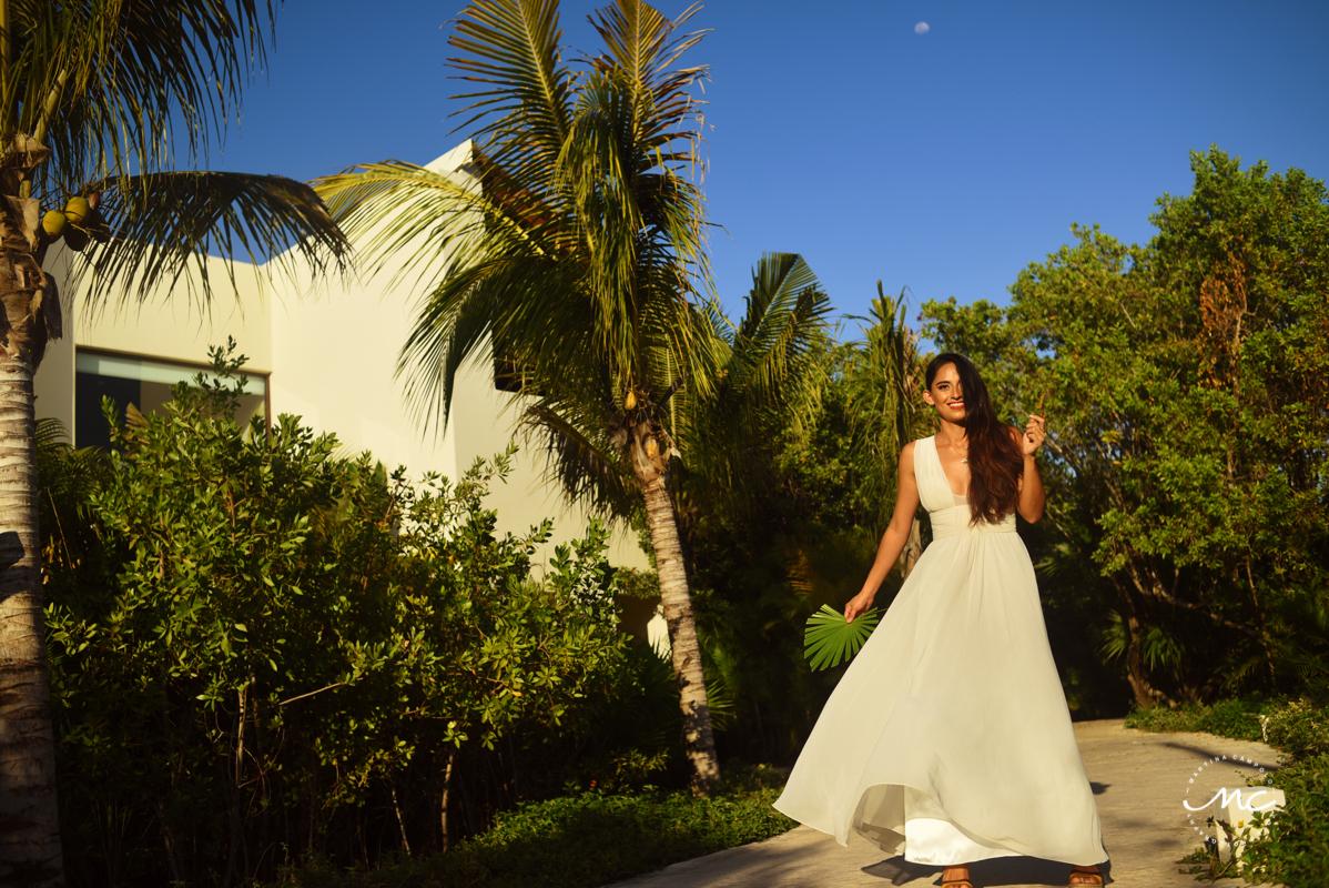 Luxury bridal portraits at Chable Maroma, Mexico. Martina Campolo Photography