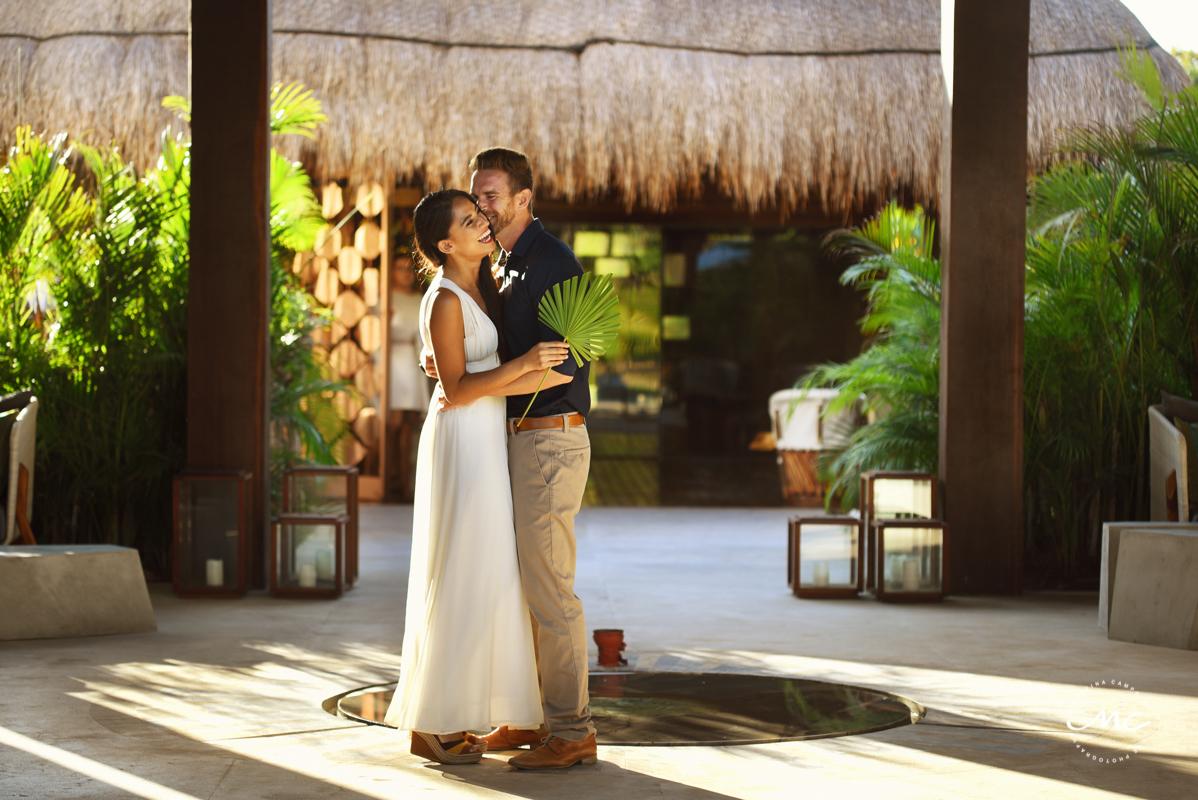 Bride and groom portraits at Chable Maroma, Mexico. Martina Campolo Wedding Photography