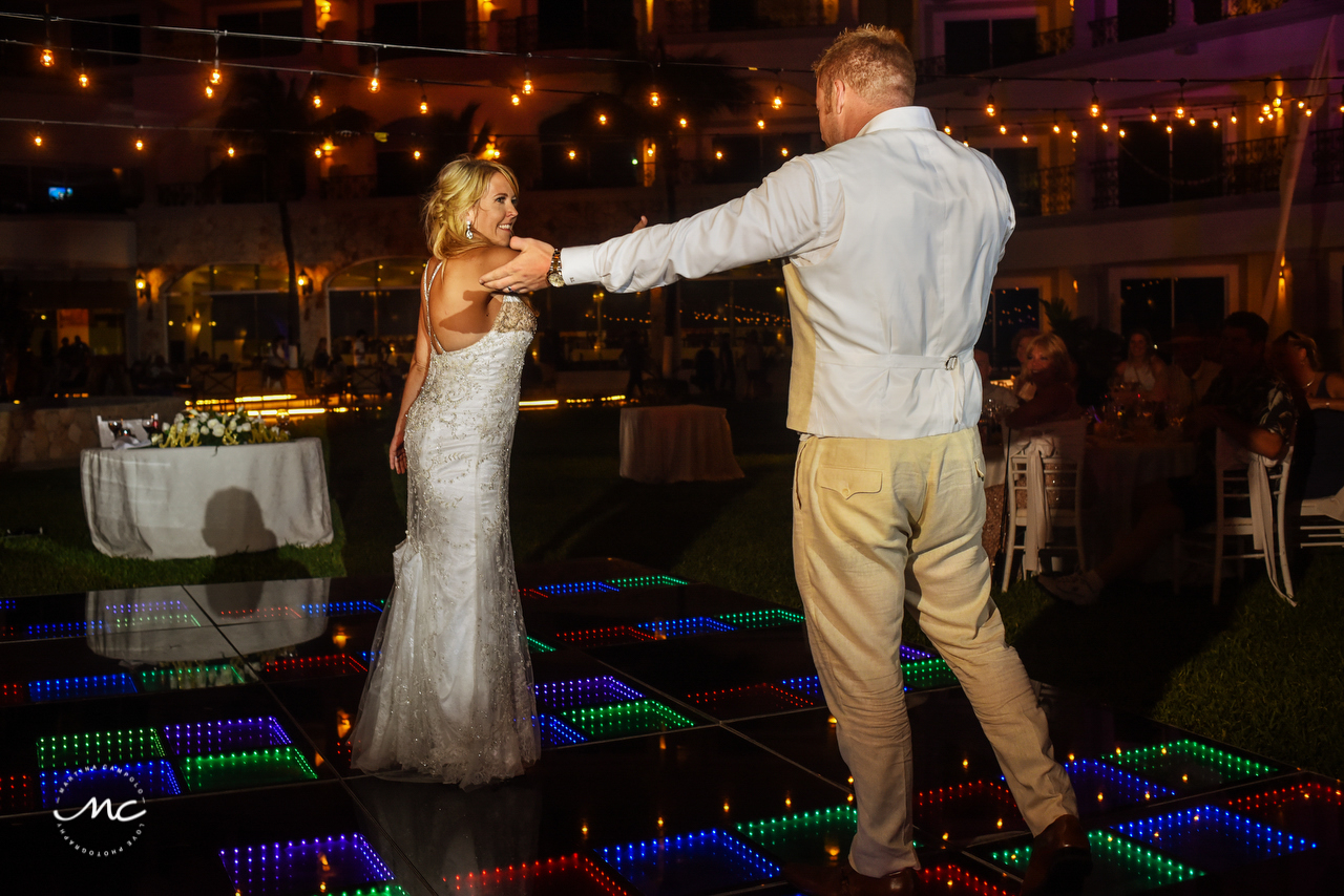 Bride and groom first dance. The Royal Playa del Carmen Wedding. Martina Campolo Photography