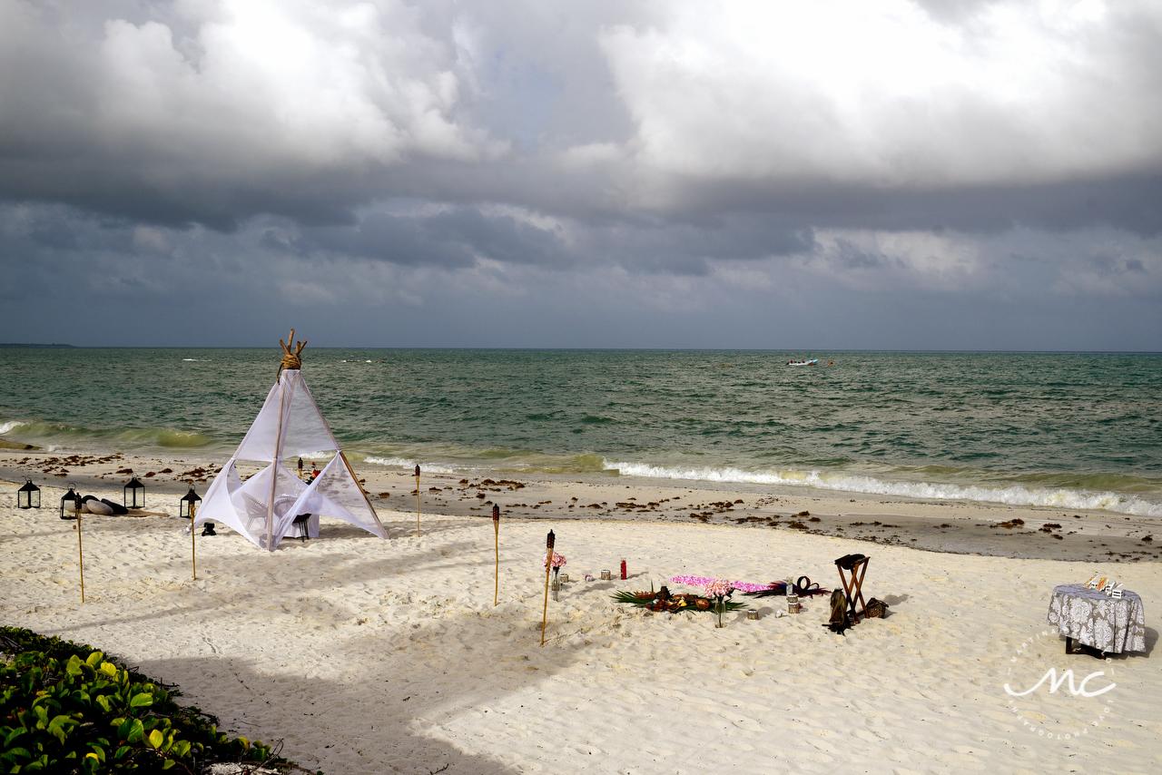 Andaz Mayakoba Intimate Destination Wedding. Riviera Maya, Mexico. Martina Campolo Photography
