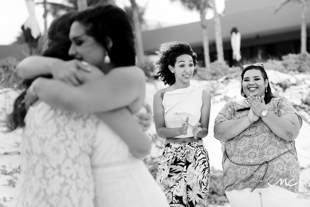 Black and white wedding photography at Andaz Mayakoba Resort, Mexico. Martina Campolo Photography