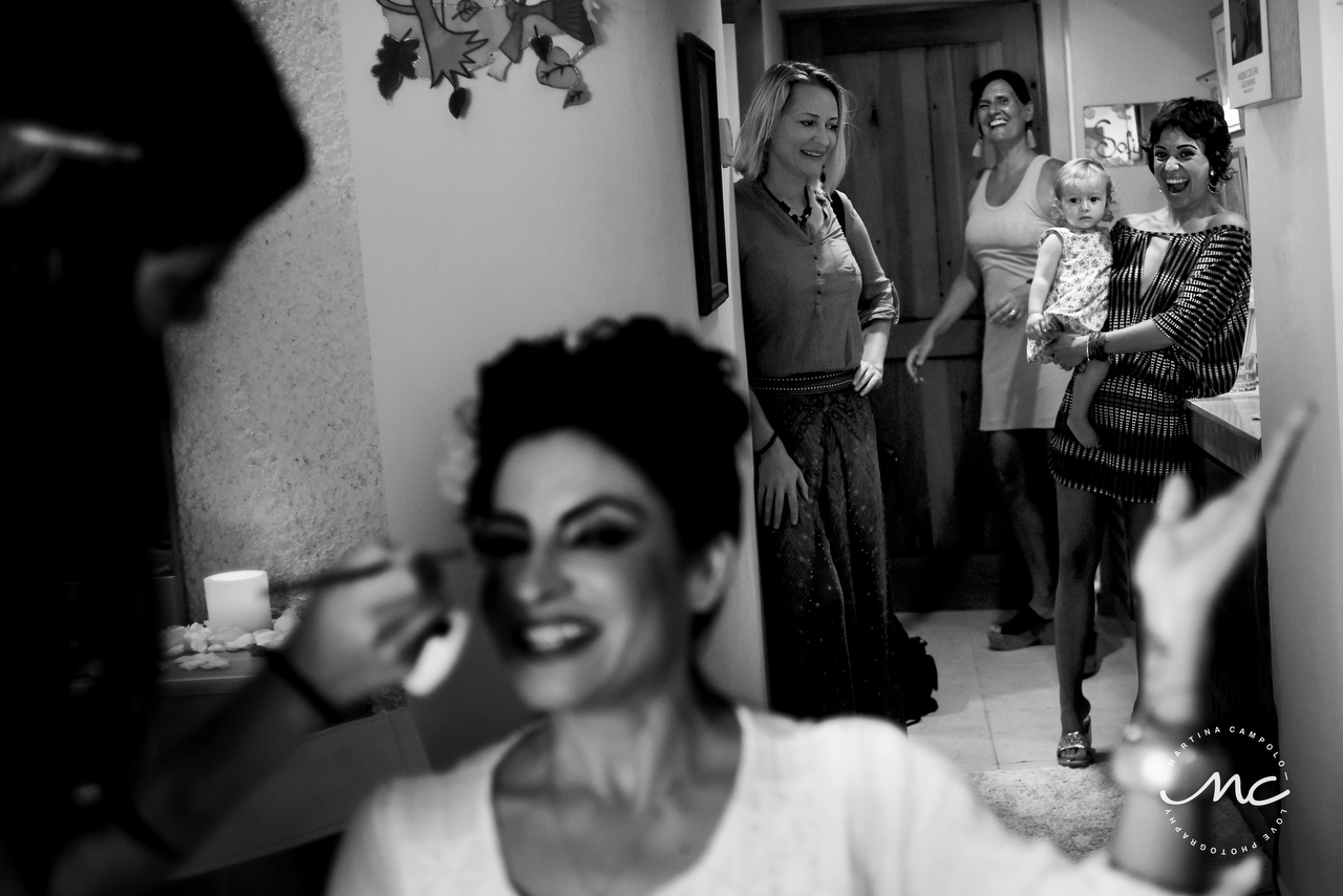 Mexican bride getting ready. Riviera Maya Wedding by Martina Campolo Photography