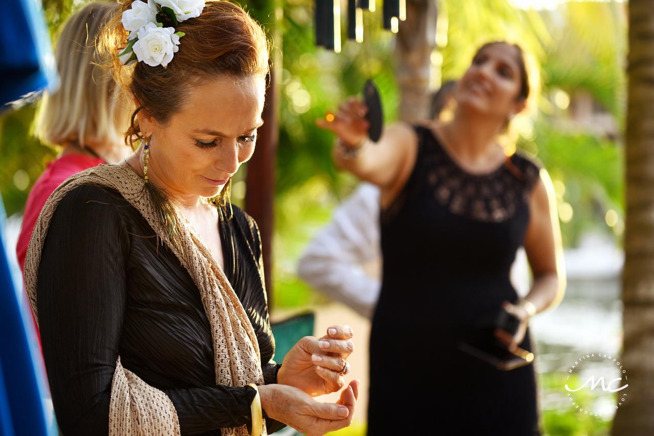 Intimate Puerto Aventuras Wedding in Mexico by Martina Campolo Photographer
