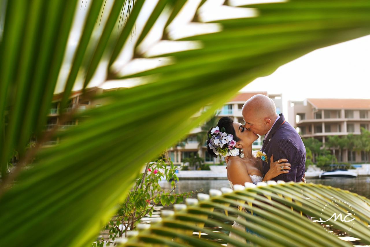 Sol and David's wedding in Puerto Aventuras, Mexico by Martina Campolo Photographer