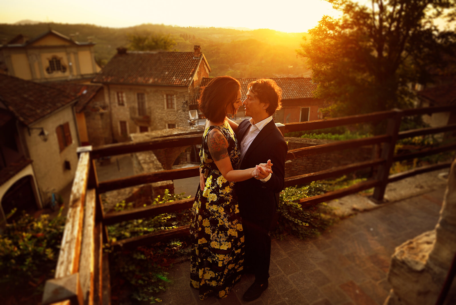 Castello di Trisobbio Engagement Session in Italy by Martina Campolo Photography