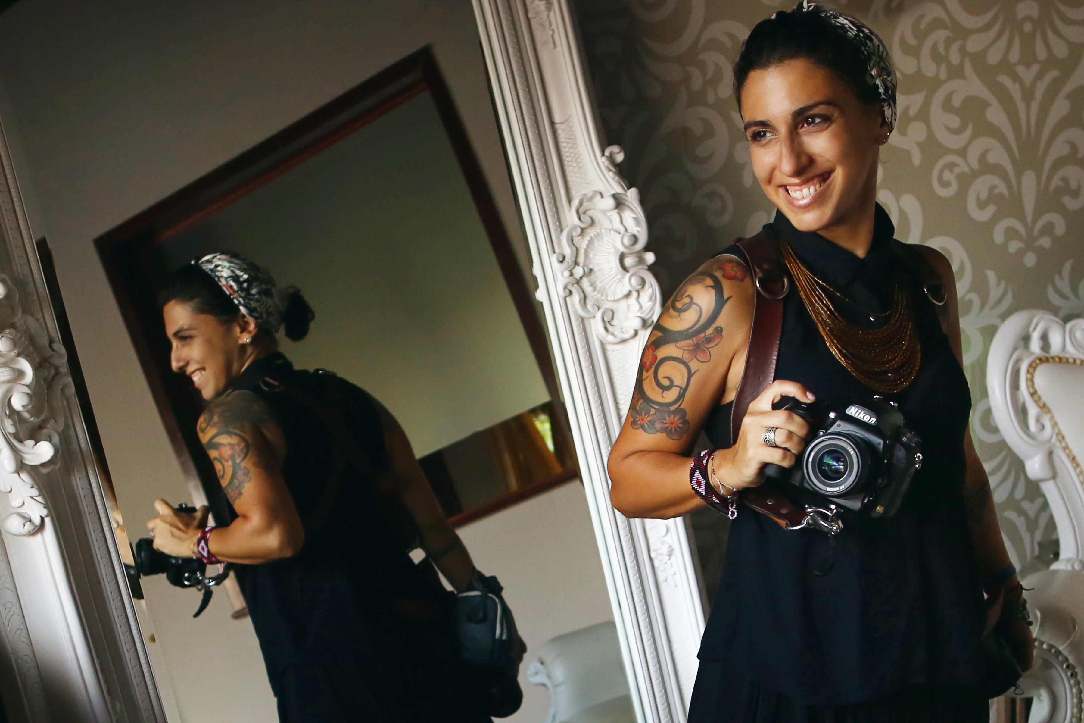 Martina Campolo Photographer captured by White Crown Photography