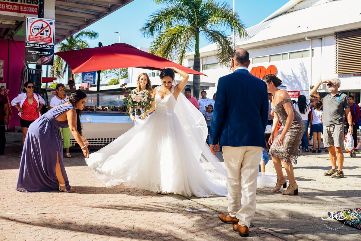 Playa del Carmen Destination Wedding in Mexico. Martina Campolo Photography