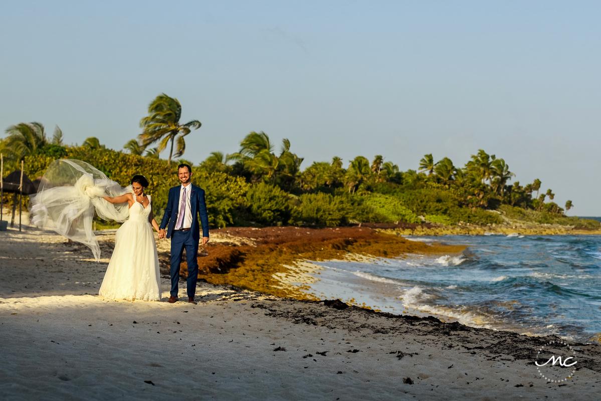 Beach bride and groom portraits at Blue Venado, Mexico. Martina Campolo Photography