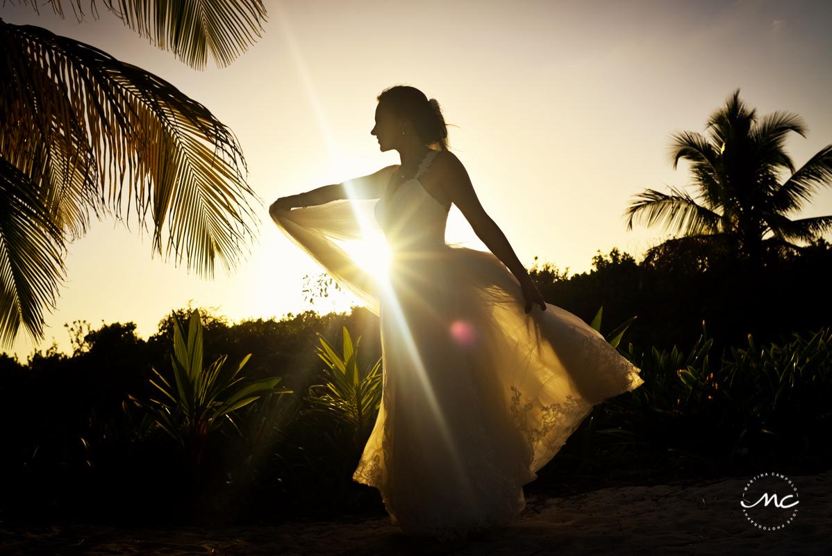 Bride sunset portraits at Blue Venado Beach Wedding in Mexico. Martina Campolo Photography