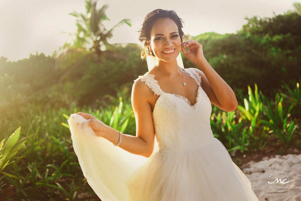 Destination bride portraits at Blue Venado Beach Wedding in Mexico. Martina Campolo Photography