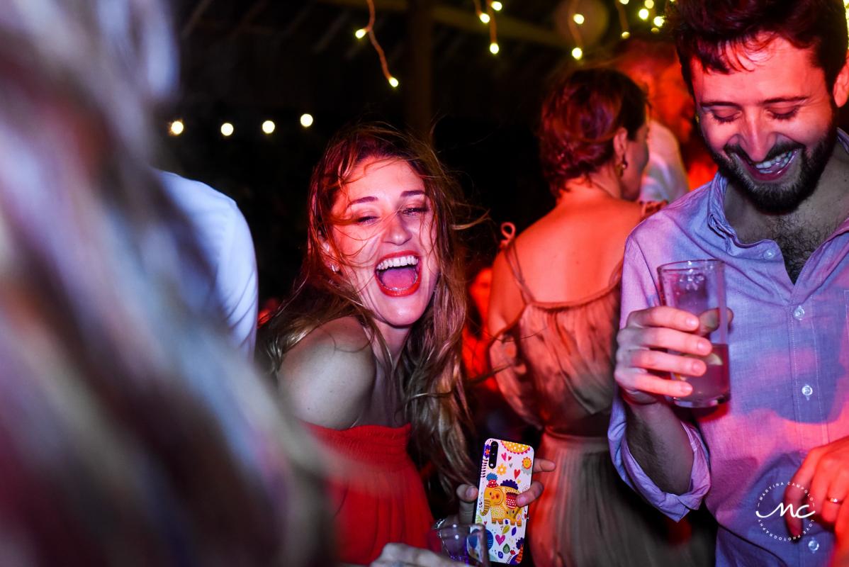 Wedding guests having fun at Blue Venado Wedding in Mexico. Martina Campolo Photography
