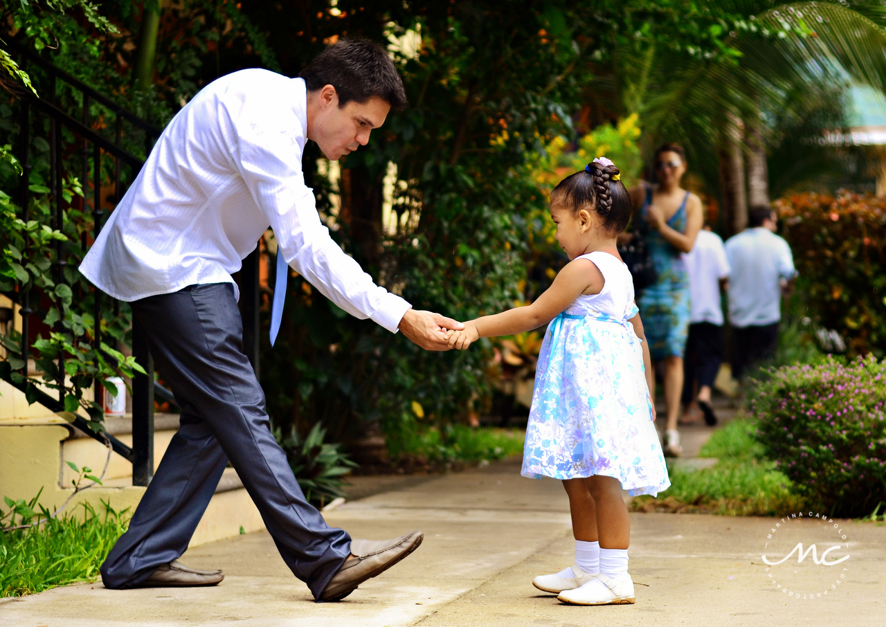 Groom and flower girl. Guanacaste Costa Rica Wedding by Martina Campolo Photography