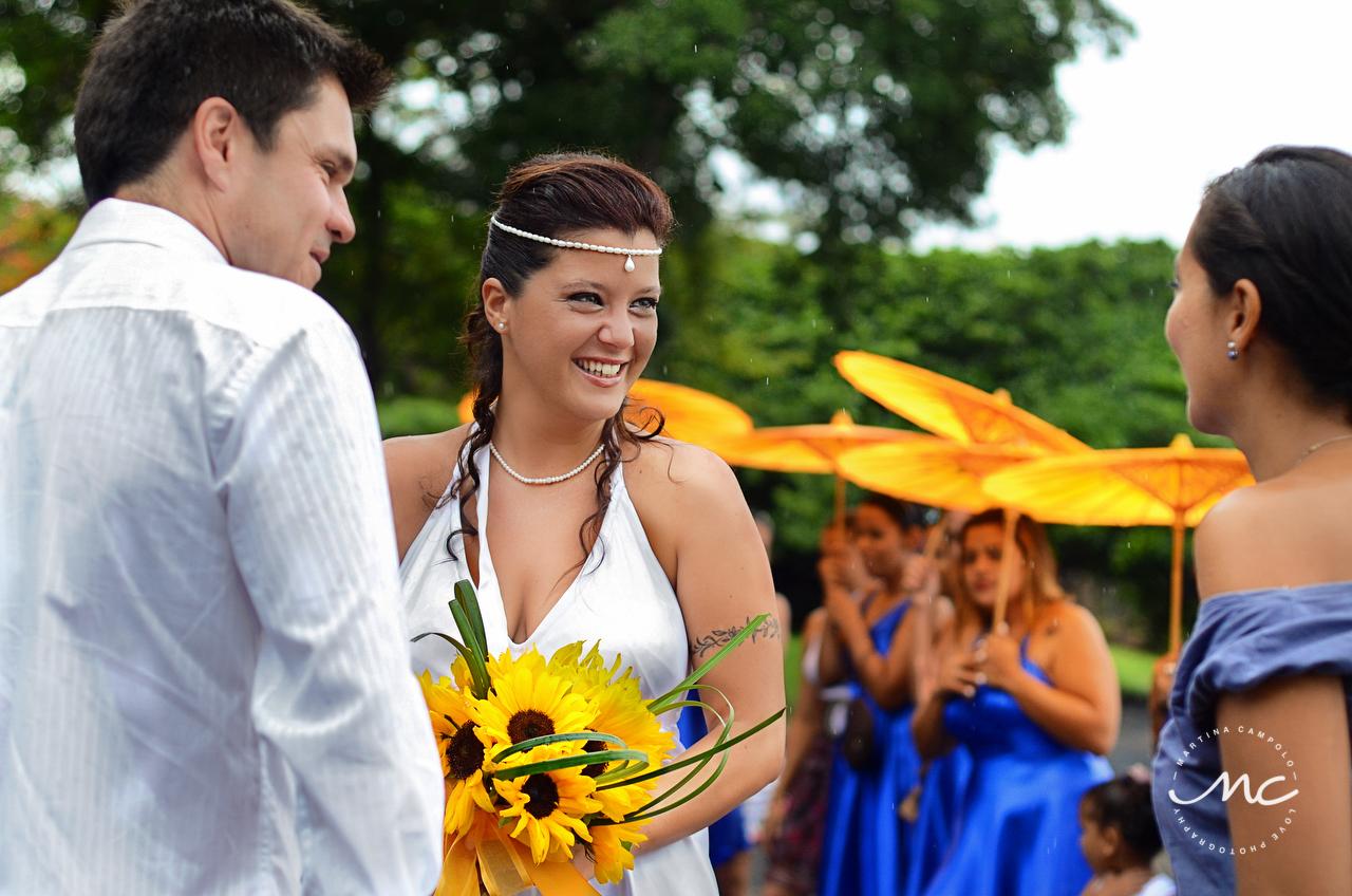 Beach bride. Costa Rica Destination Wedding by Martina Campolo Photography