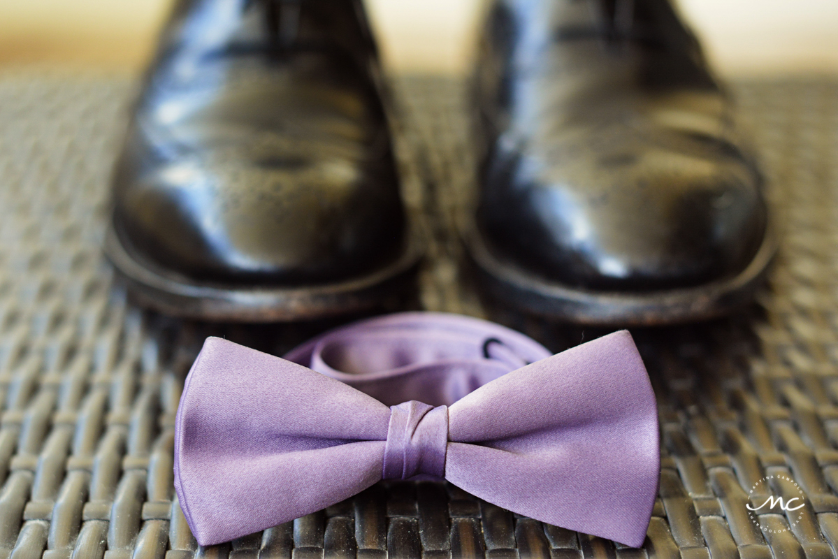 Lilac bow tie for groom at Now Sapphire Riviera Cancun, Mexico. Martina Campolo Photography