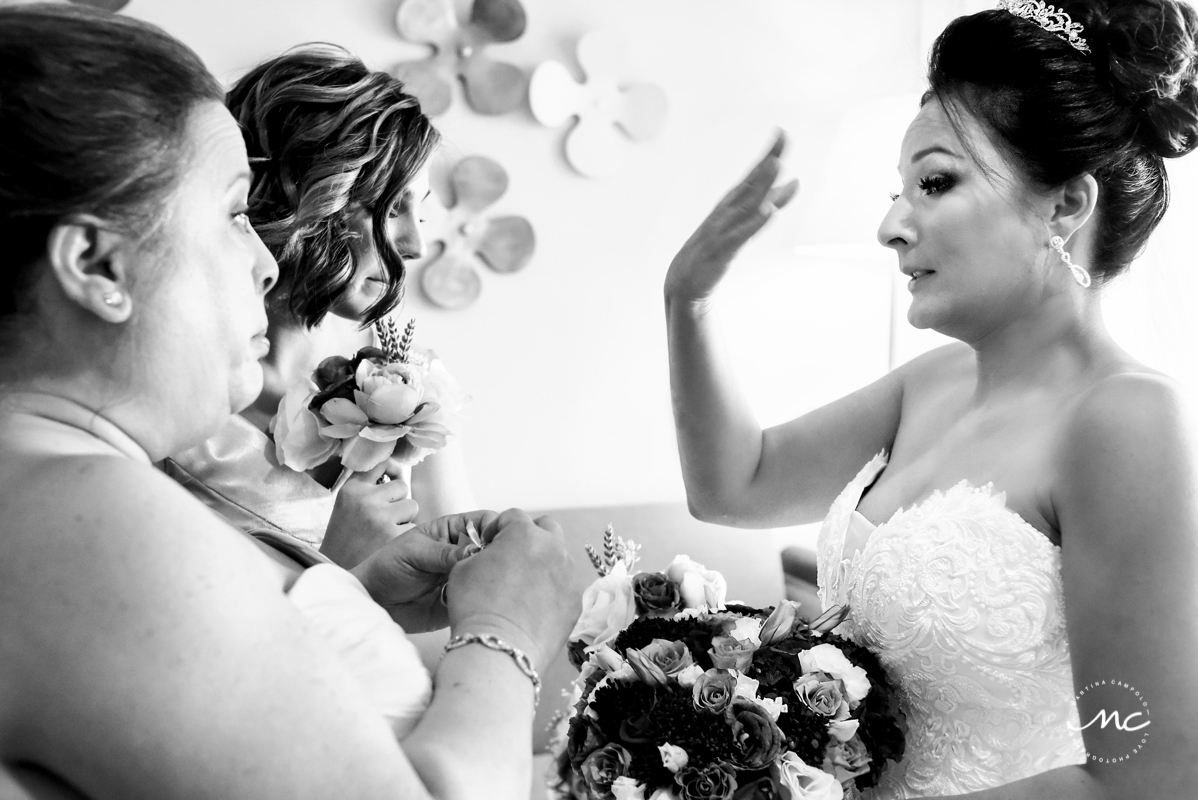 Destination bride getting ready at Now Sapphire Riviera Cancun, Mexico. Martina Campolo Photography