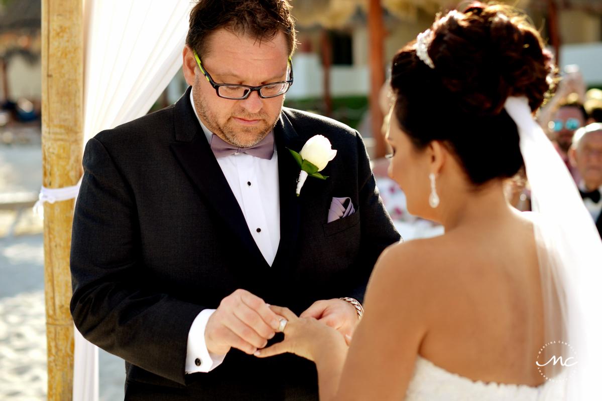 Beach wedding at Now Sapphire Riviera Cancun, Mexico. Martina Campolo Photography