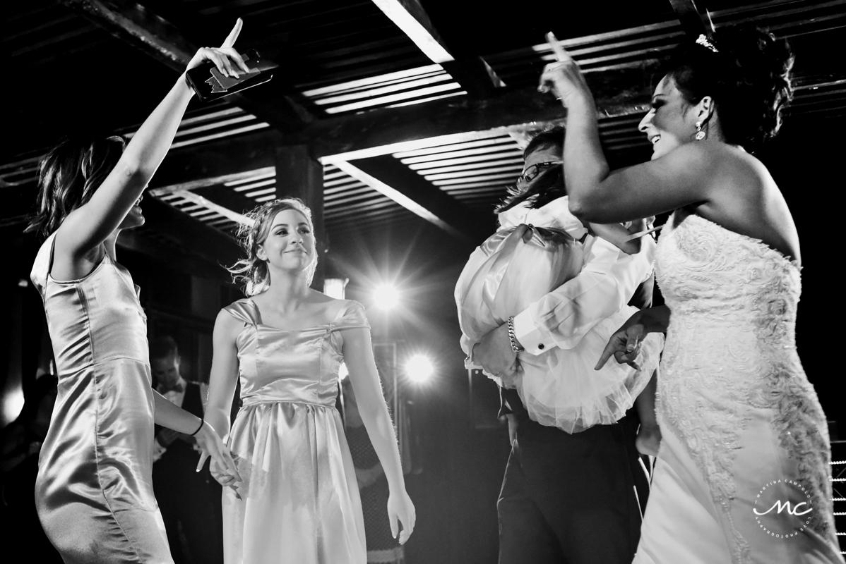 Wedding reception moment at Now Sapphire Riviera Cancun, Mexico. Martina Campolo Photography