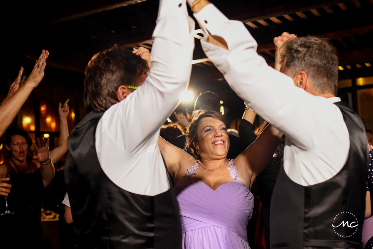 Fun wedding reception moment at Now Sapphire Riviera Cancun, Mexico. Martina Campolo Photography