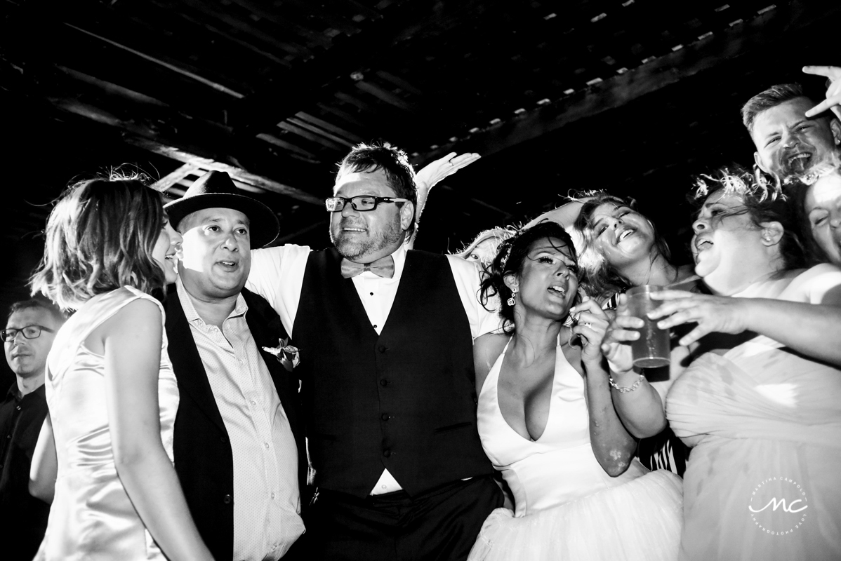 Now Sapphire Riviera Cancun wedding reception in black and white. Martina Campolo Photography