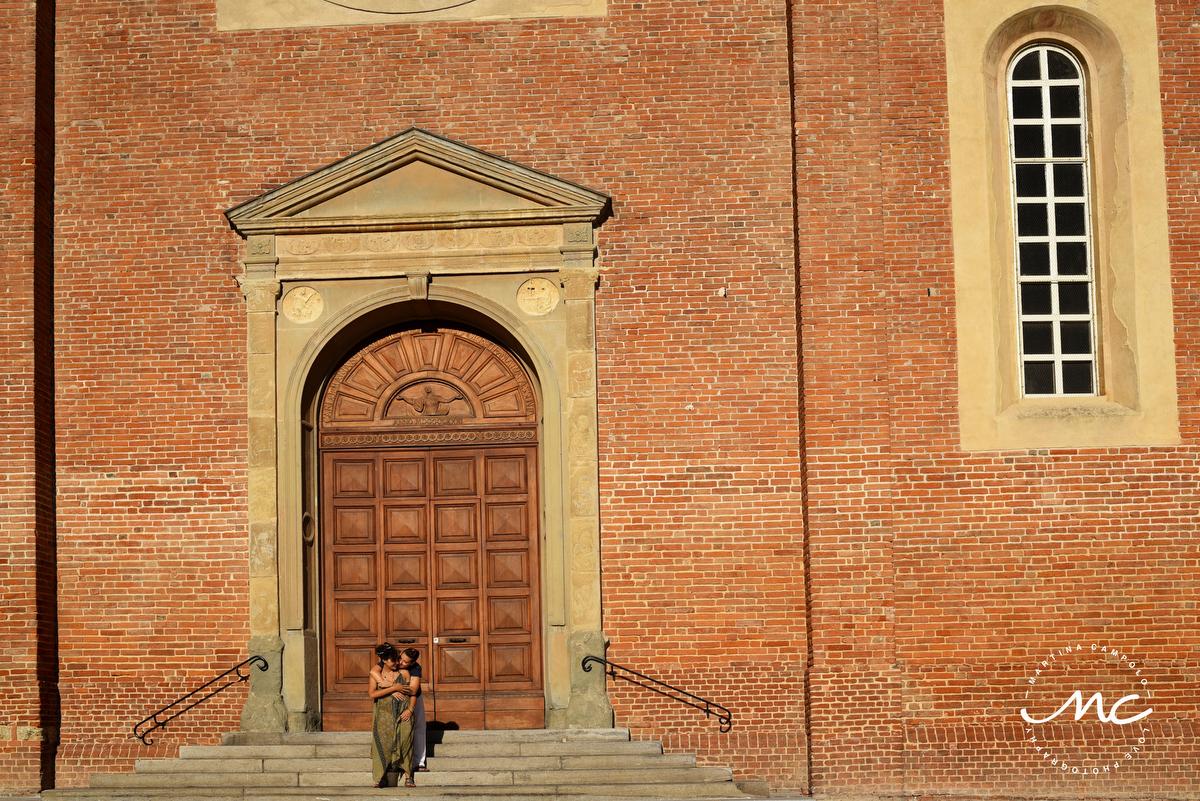 Engagement Portraits. Piazza Santa Maria de Castello, Alessandria, Italy. Martina Campolo