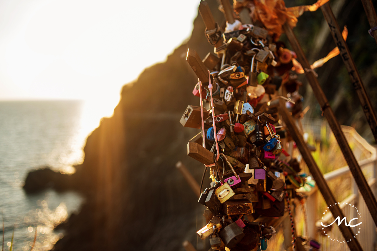 Locks of love. Cinque Terre, Italy. Martina Campolo Italian Love Photography