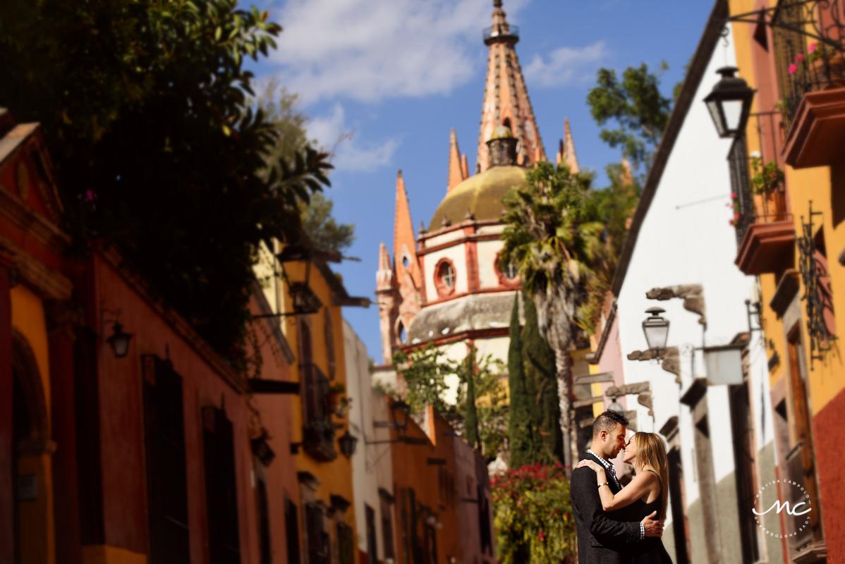 Anniversary session in San Miguel de Allende, Guanajuato, Mexico. Martina Campolo Photography