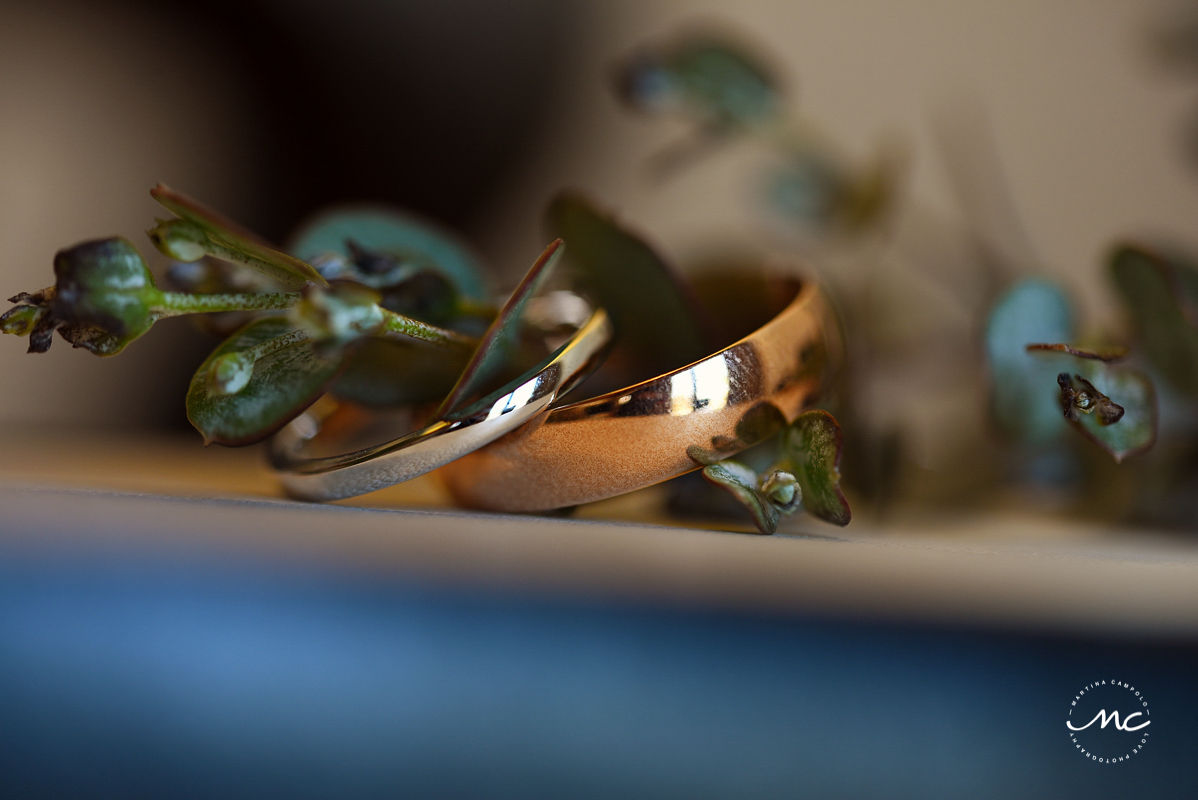Wedding rings at Hacienda del Mar wedding in Riviera Maya, Mexico. Martina Campolo Photography