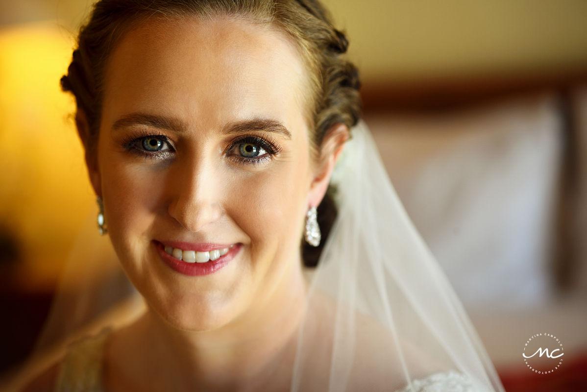 Bridal natural makeup look for an Hacienda del Mar wedding in Mexico. Martina Campolo Photography