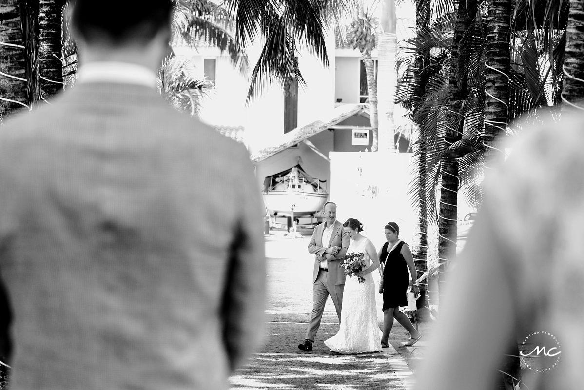 Black and white photo or bridal entrance. Hacienda del Mar wedding in Mexico by Martina Campolo Photography